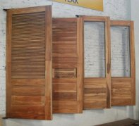 Wholesale Solid Wooden Door